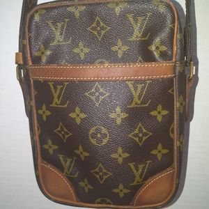 AUTHENTIC LOUIS VUITTON DANUBE